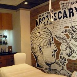 The third and smallest room pays homage to Kiehl's history.
