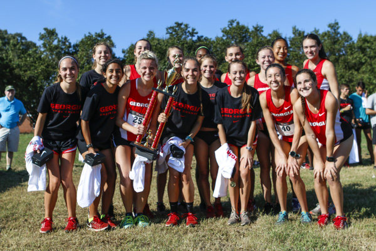 Members of the Georgia cross country team participate in the 2016 University of Georgia Invitational race at the Georgia Equestrian Complex in Bishop, Ga on Saturday, Sept. 3, 2016. (Photo by John Paul Van Wert)