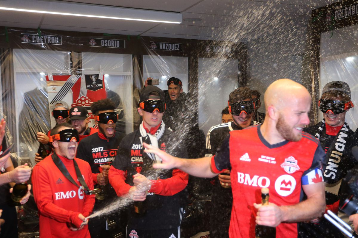 Toronto FC beats the Seattle Sounders 2-0 in the MLS Cup Final