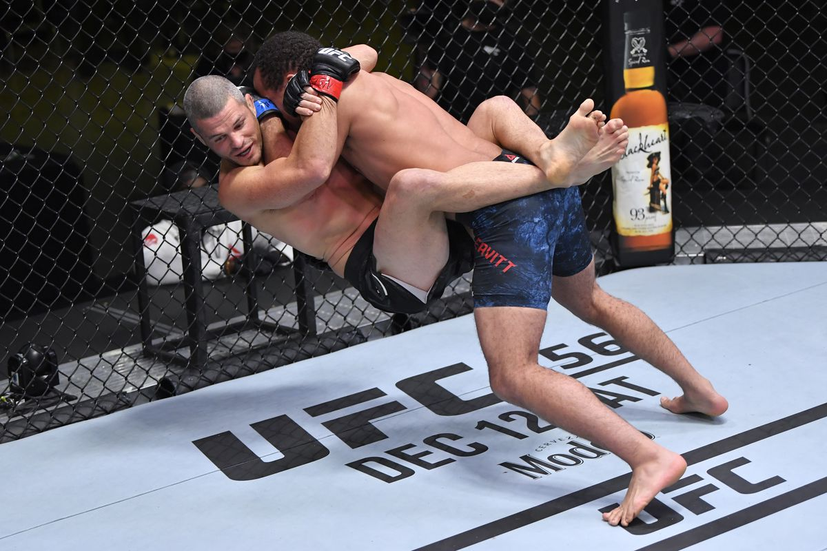 UFC Vegas 16 video: Jordan Leavitt knocks out Matt Wiman with brutal slam  in just 22 seconds - MMA Fighting