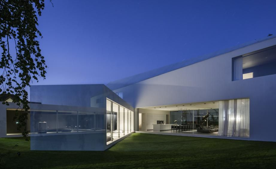 House at dusk with kinetic room
