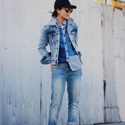 "Hallie of <a href=""http://www.halliedaily.com""target=""_blank"">Hallie Daily</a> is wearing a One Teaspoon denim jacket, J.Crew <a href=""http://www.jcrew.com/browse/single_product_detail.jsp?PRODUCT%3C%3Eprd_id=845524441834965&FOLDER%3C%3Efolder_id=2534374"