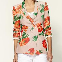 """<a href=""""http://piperlime.gap.com/browse/product.do?searchCID=4016&cid=4016&vid=1&pid=218901&scid=218901002/"""">Stones floral blazer</a>, $103.99, Piperlime"""