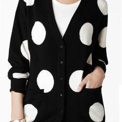 "<b>Kate Spade</b> Drew Cardigan, <a href=""http://www.katespade.com/drew-cardigan/NJMU2047,default,pd.html?dwvar_NJMU2047_color=989&start=26&cgid=clothing-tops-and-sweaters"">$298</a>"