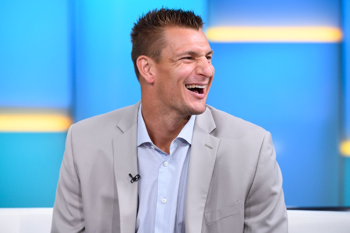 Rob Gronkowski to join FOX Sports as NFL analyst