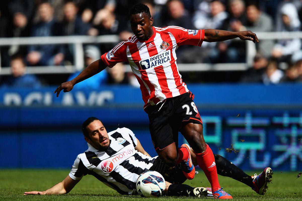 Sessegnon about to score against Newcastle