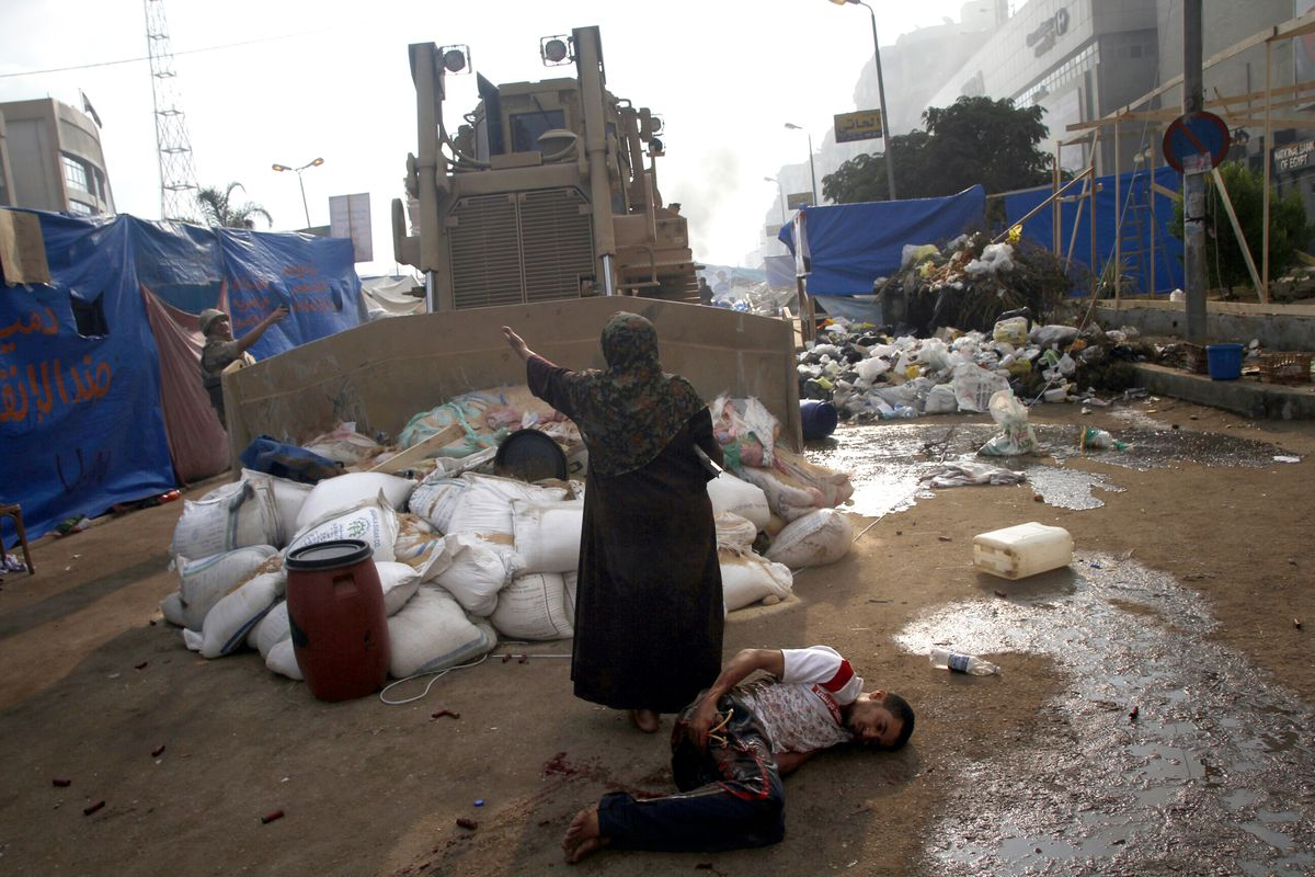 Egypt's dictator murdered 800 people today in 2013  He's now a US