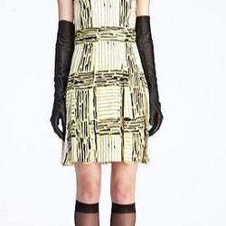 "<a href=""http://www.dvfsamplesale.com/Hayley%20Dress/D5476306L12,default,pd.html?dwvar_D5476306L12_color=PPNLL"">Hayley Dress</a>, $154 (was $398)"