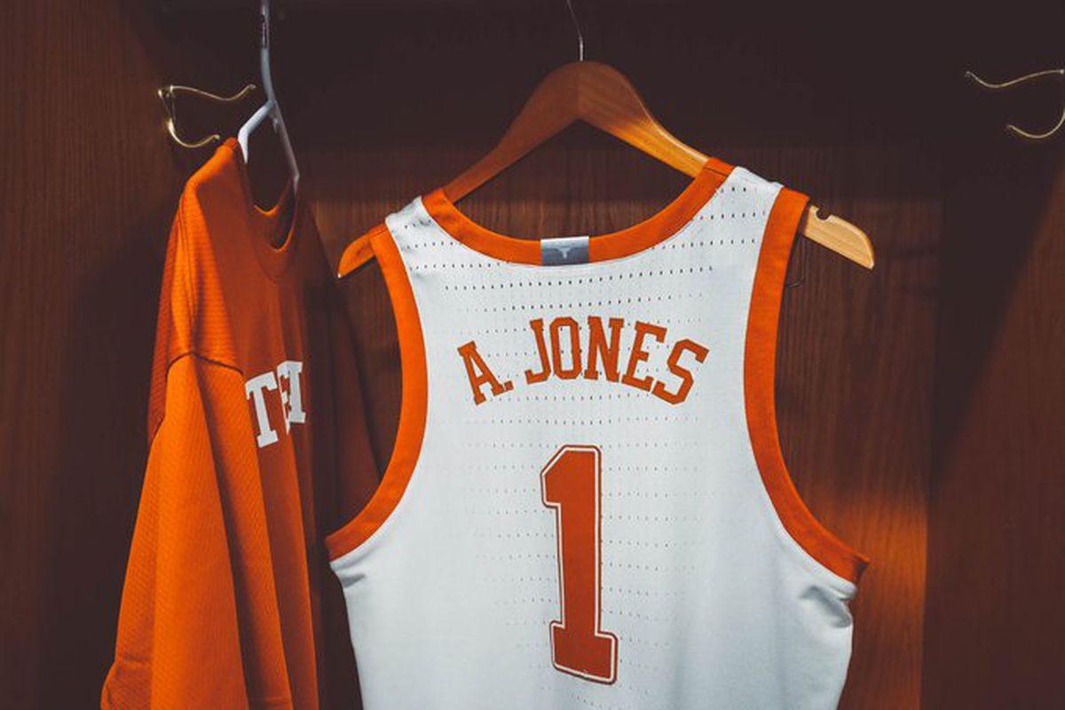 Andrew Jones' Career Night Leads Texas Past Northern