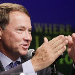 United States Ryder Cup captain Davis Love III announces the final four golfers for the American team during a news conference, Tuesday, Sept. 4, 2012 in New York. Love filled out his 12-man team by selecting  Dustin Johnson, Jim Furyk, Brandt Snedeker and Steve Stricker.