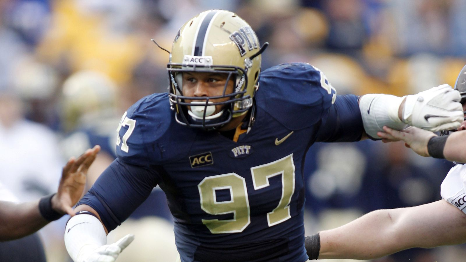 Mock Draft: Titans Grab Aaron Donald at #11