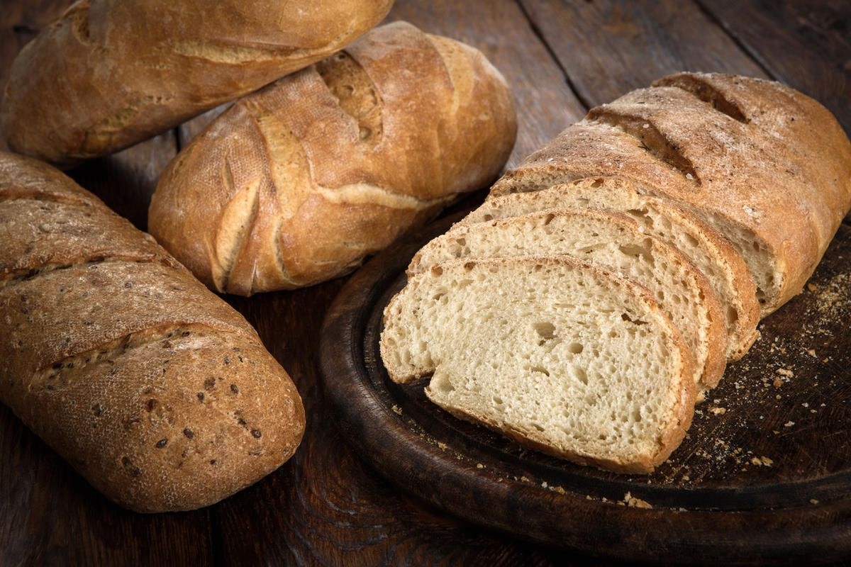 """Twila Van Leer shares a brother-in-law's """"Christmas I Remember Best"""" story from World War II Germany where bread helped remind them of the true story of Christmas."""
