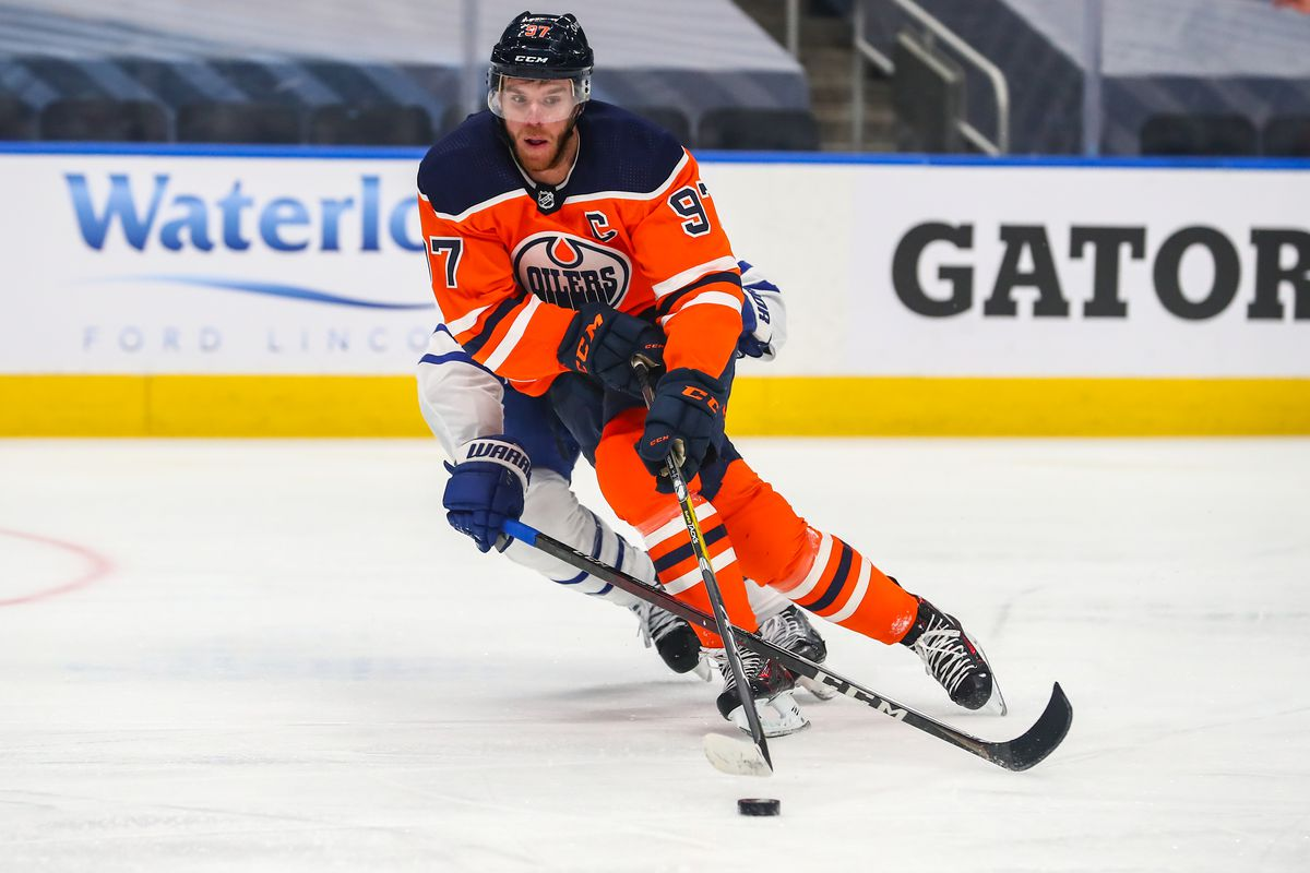 NHL: FEB 27 Maple Leafs at Oilers