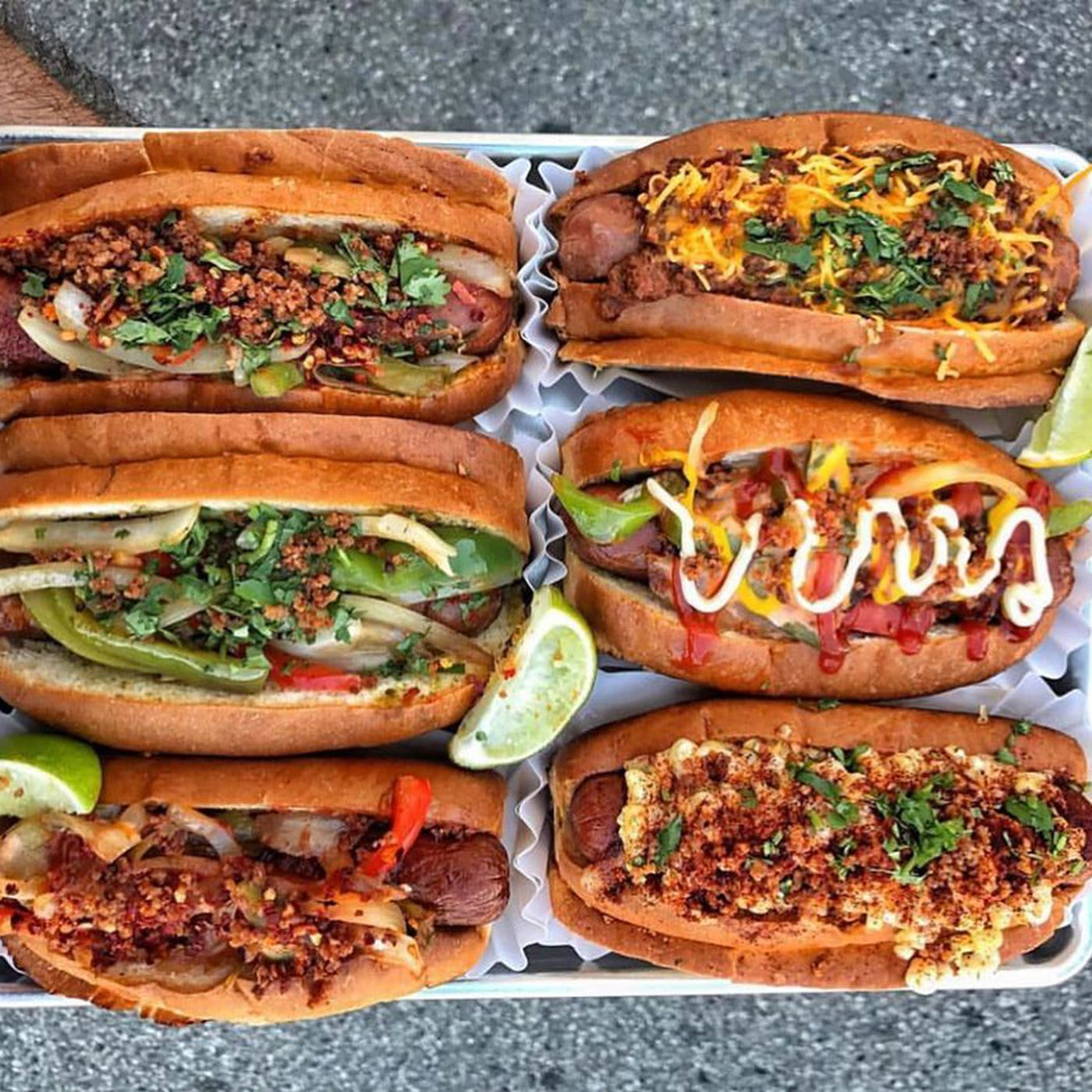 La S Best Hot Dogs From Chili Dogs To Bacon Wrapped Hot Dogs Eater La