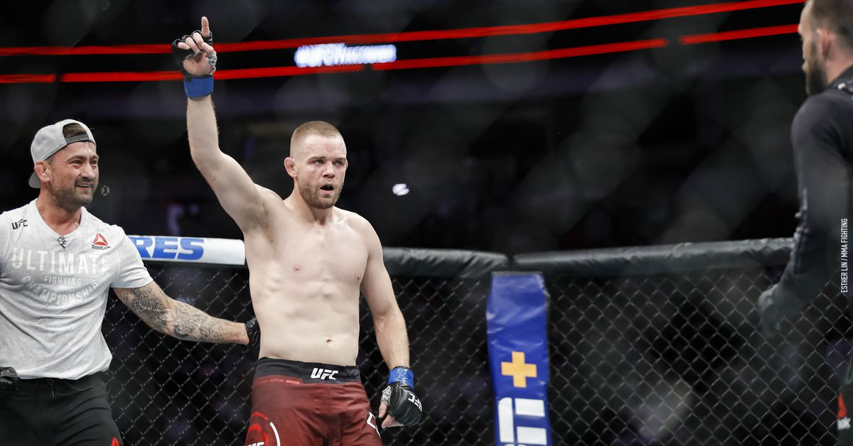 Video: Watch Tristan Connelly find out he earned a $100,000 fight bonus