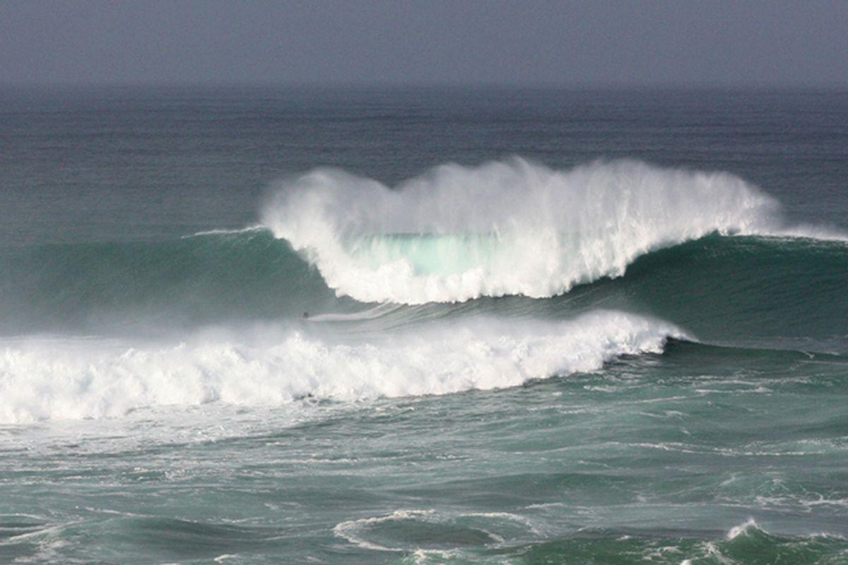 Ocean waves (FLICKR - jeffrowley)