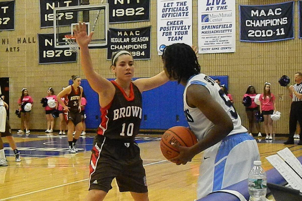New Jersey native (Colts Neck) Lauren Clarke of Brown defending the inbounds against St. Peter's.