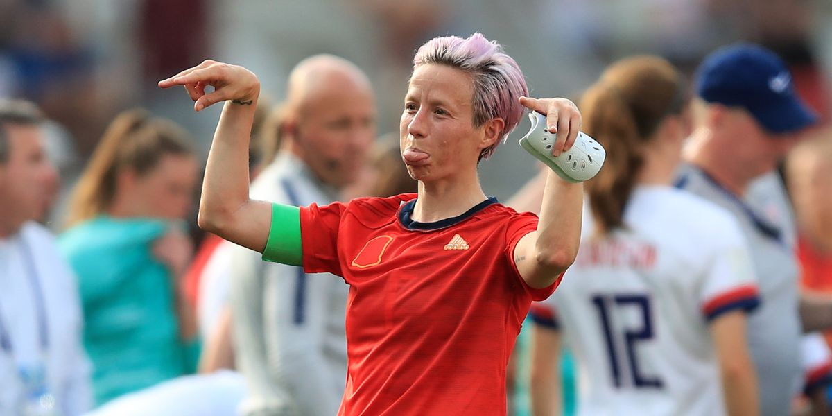 Lesbian Soccer Players Megan Rapinoe And Ali Kreiger Spar With Trump Outsports Oksana andersson (born in russia) is a dancer, fashion model, and a. lesbian soccer players megan rapinoe
