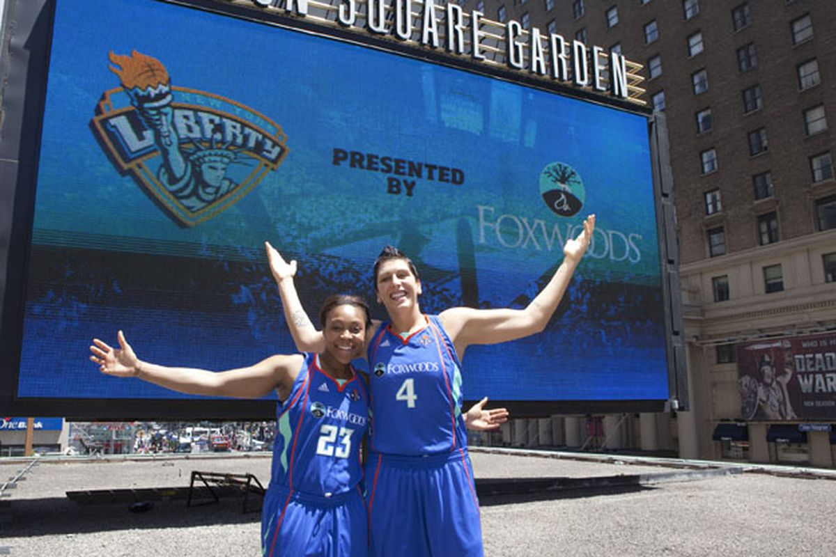 Cappie Pondexter and Janel McCarville sporting their new Foxwoods jerseys.
