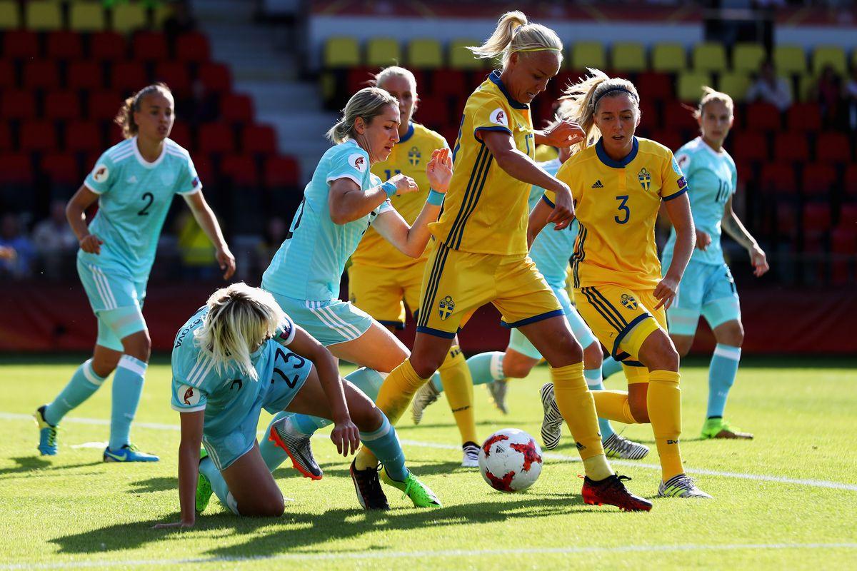 Sweden v Russia - UEFA Women's Euro 2017: Group B