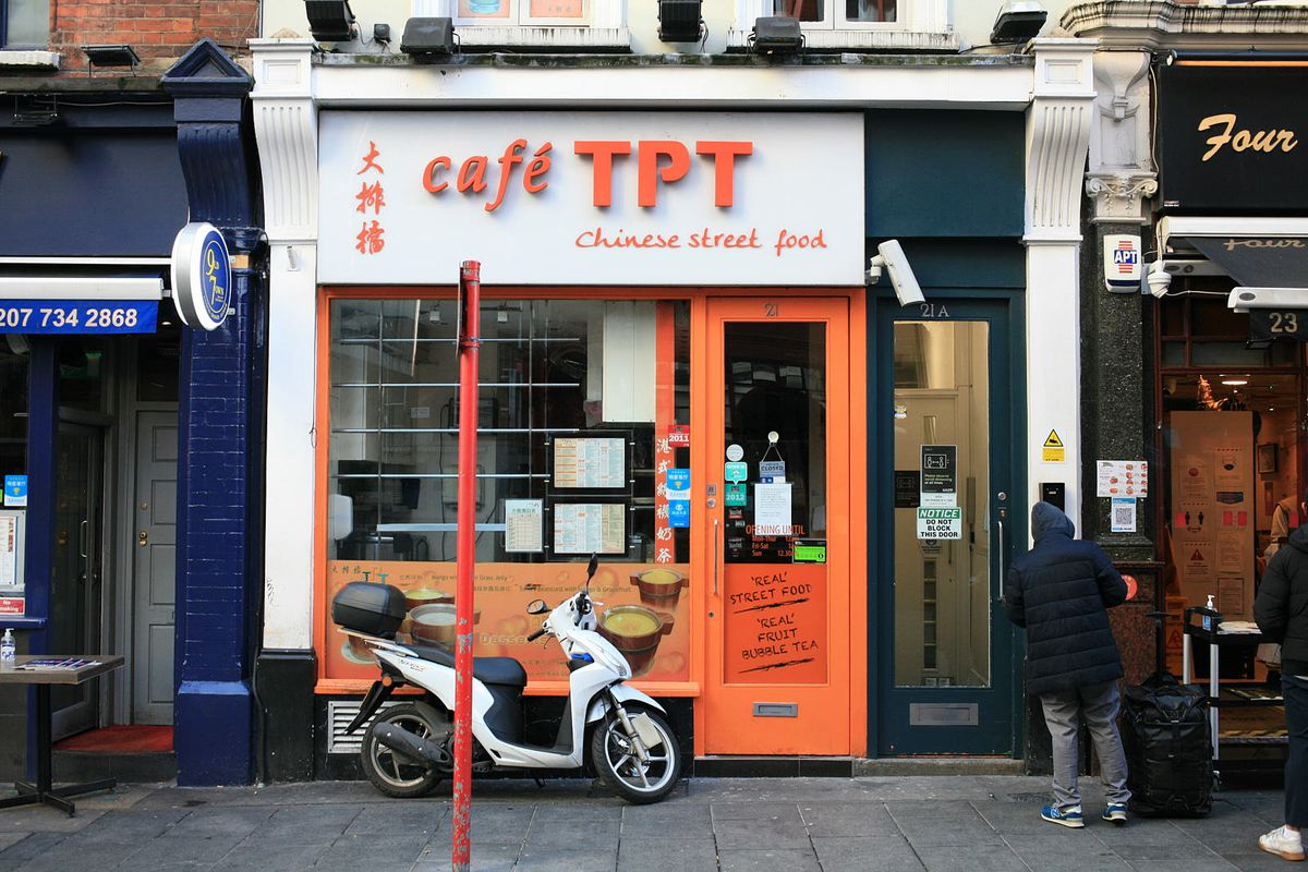 Cafe TPT, a more modern Chinatown institution, open for takeaway during the coronavirus lockdown
