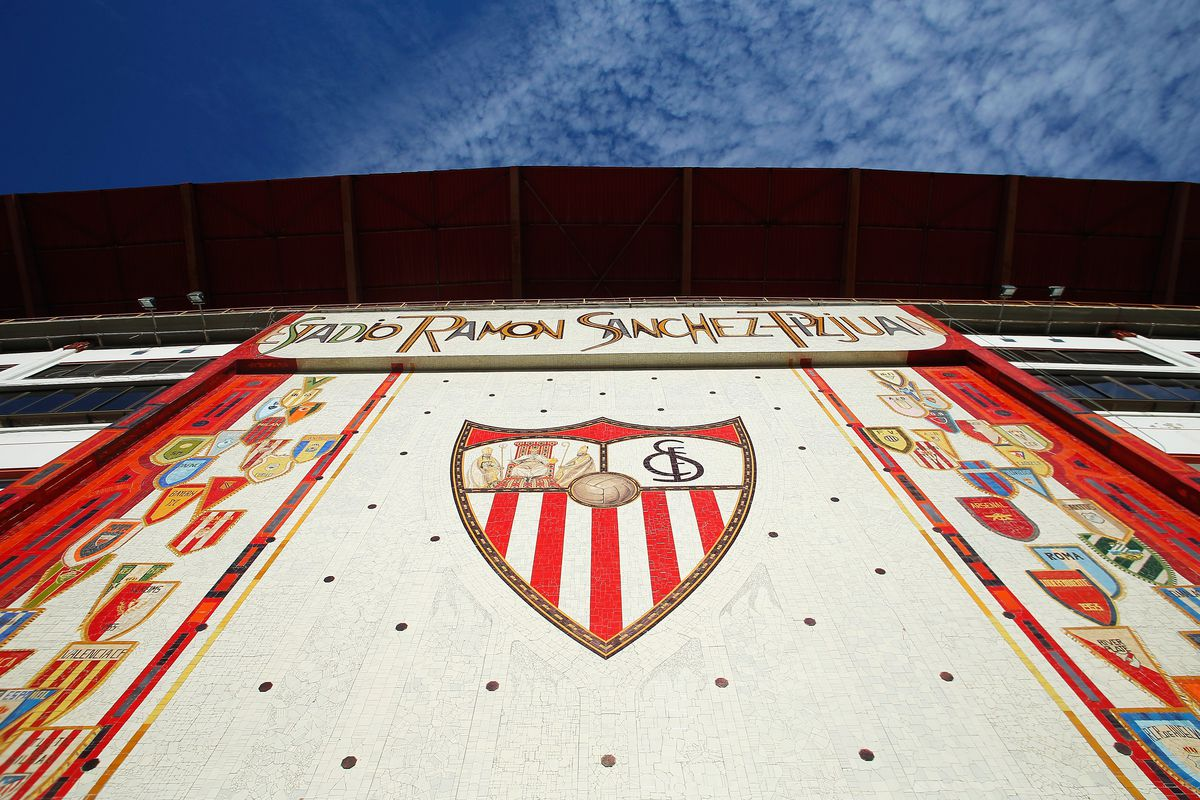 FC Sevilla v ACF Fiorentina - UEFA Europa League: Semi Final