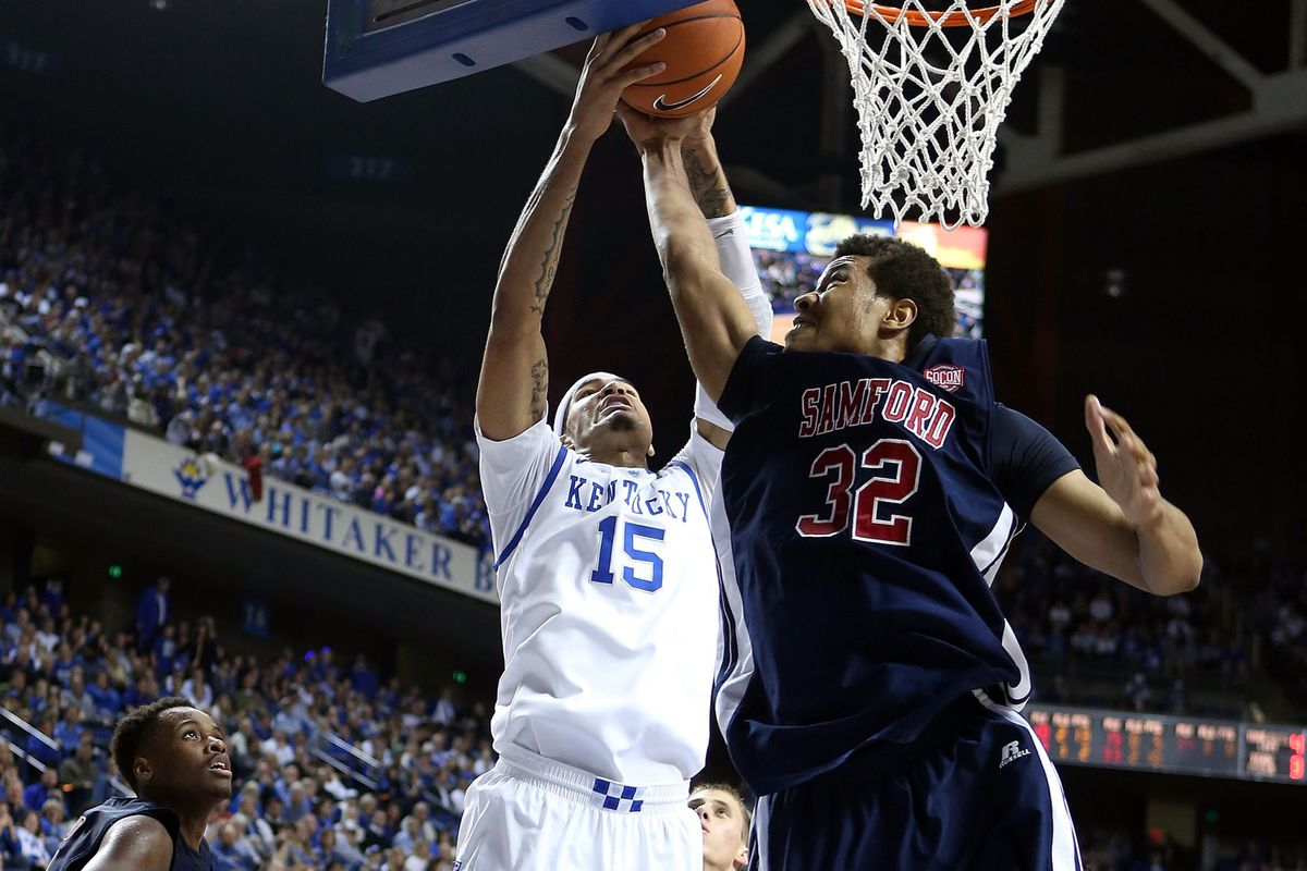 Tim Williams (32) is the lone bright spot for a struggling Samford squad.