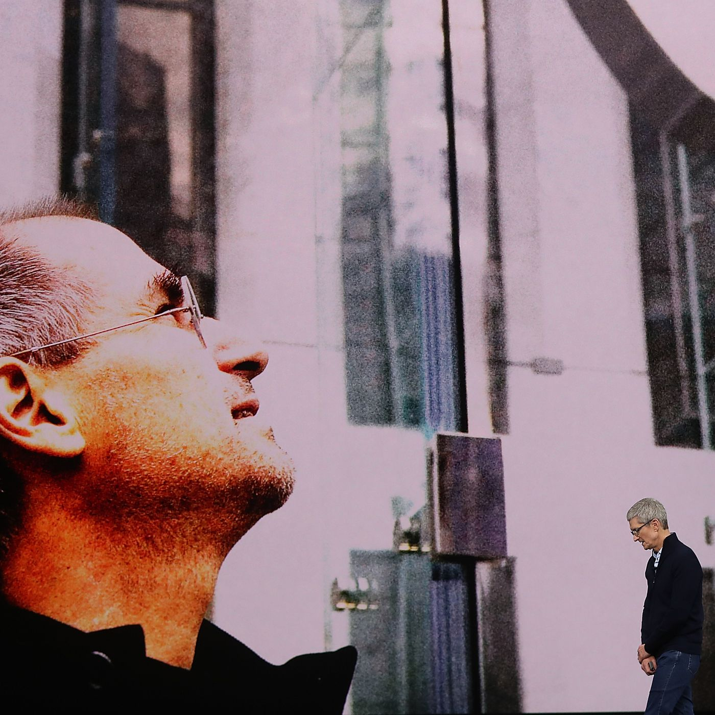 Watch Apple S Moving Tribune To Steve Jobs At The Iphone X
