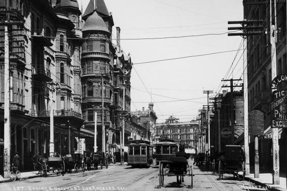 A view down Spring and Second streets, Los Angeles, California, 1895.