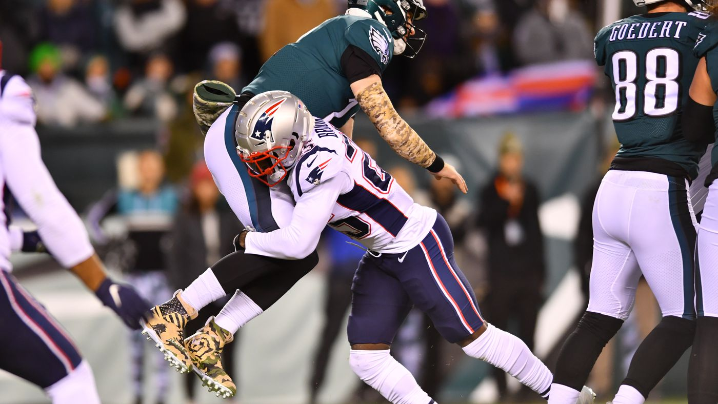 Eagles vs. Patriots: Carson Wentz Couldn't Be Nick Foles When Needed