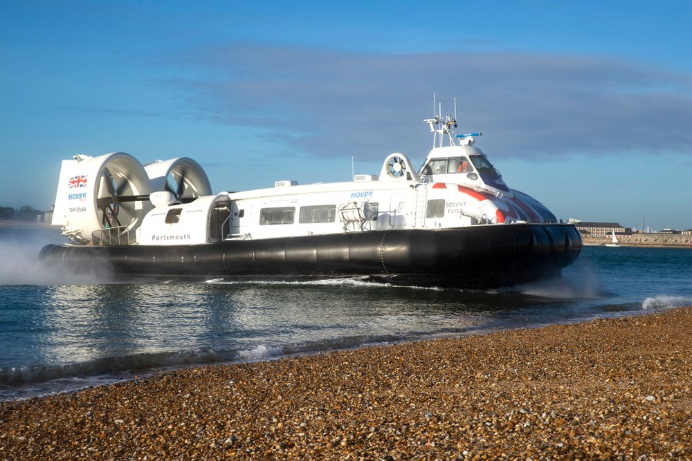 San Francisco Bay Area Ferry Board Considers Hovercraft