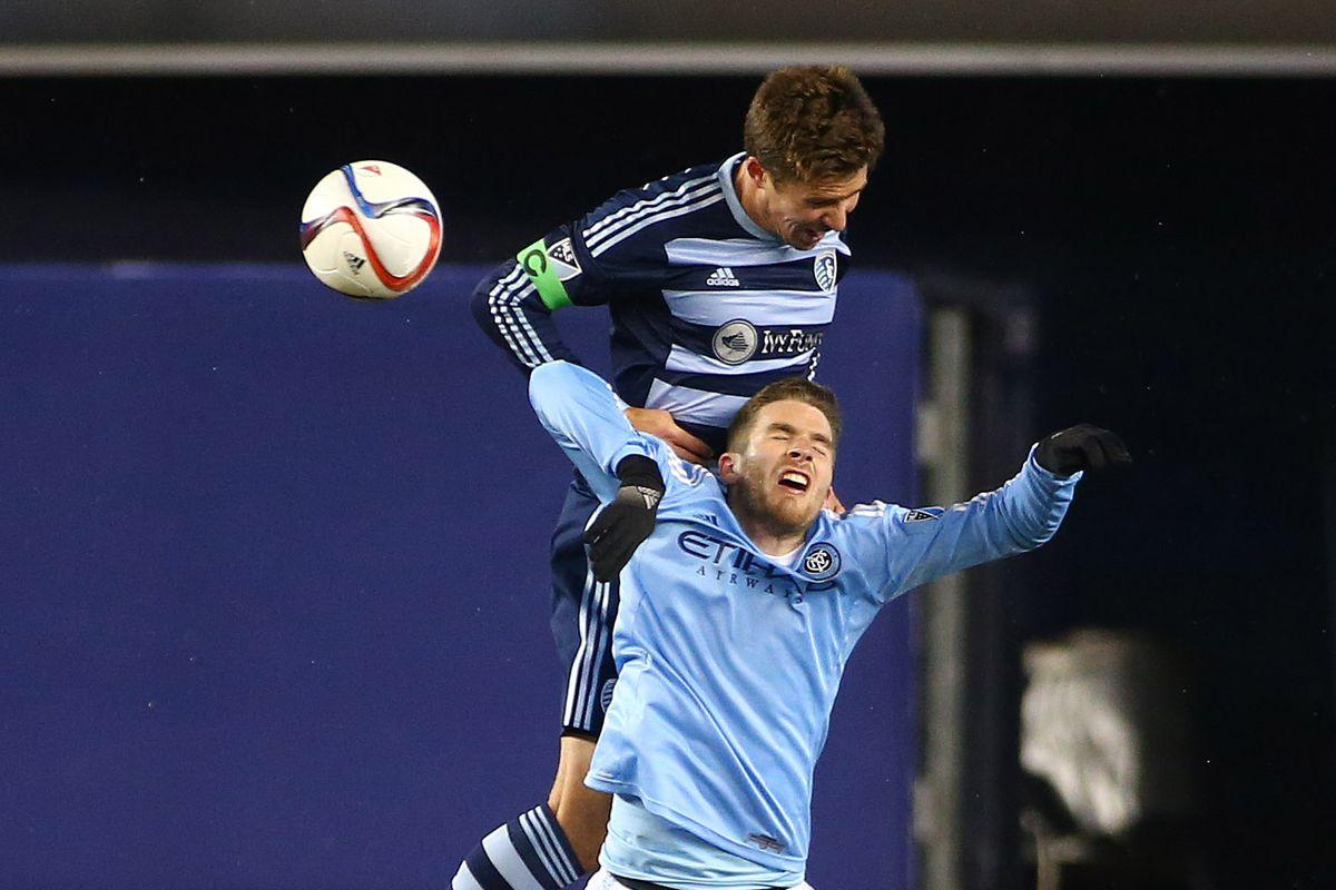Matt Besler Beats Patrick Mullins for an Aerial Ball