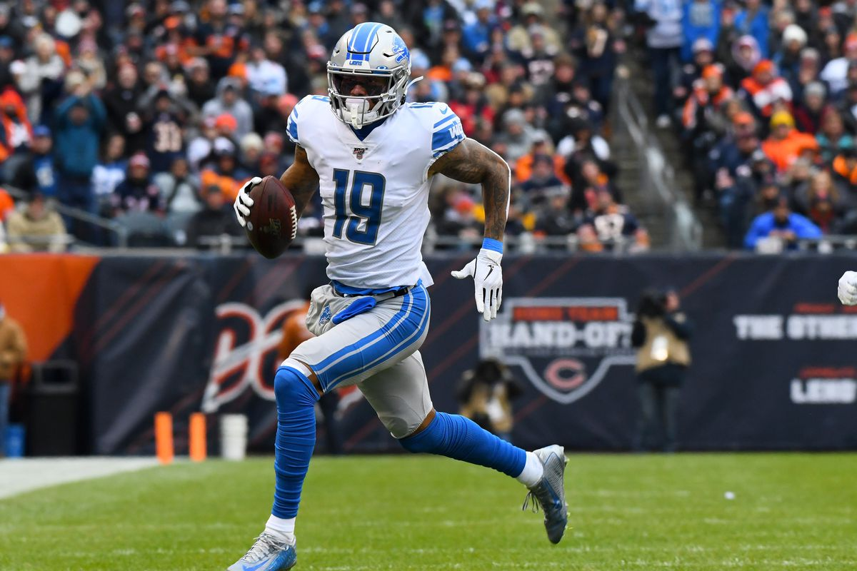 Detroit Lions wide receiver Kenny Golladay runs with the Baltimore after a catch against the Chicago Bears during the first quarter at Soldier Field.