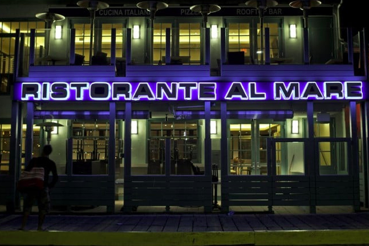 Ristorante Al Mare Yelp The Italian Restaurant Located On Santa Monica Pier Has Closed
