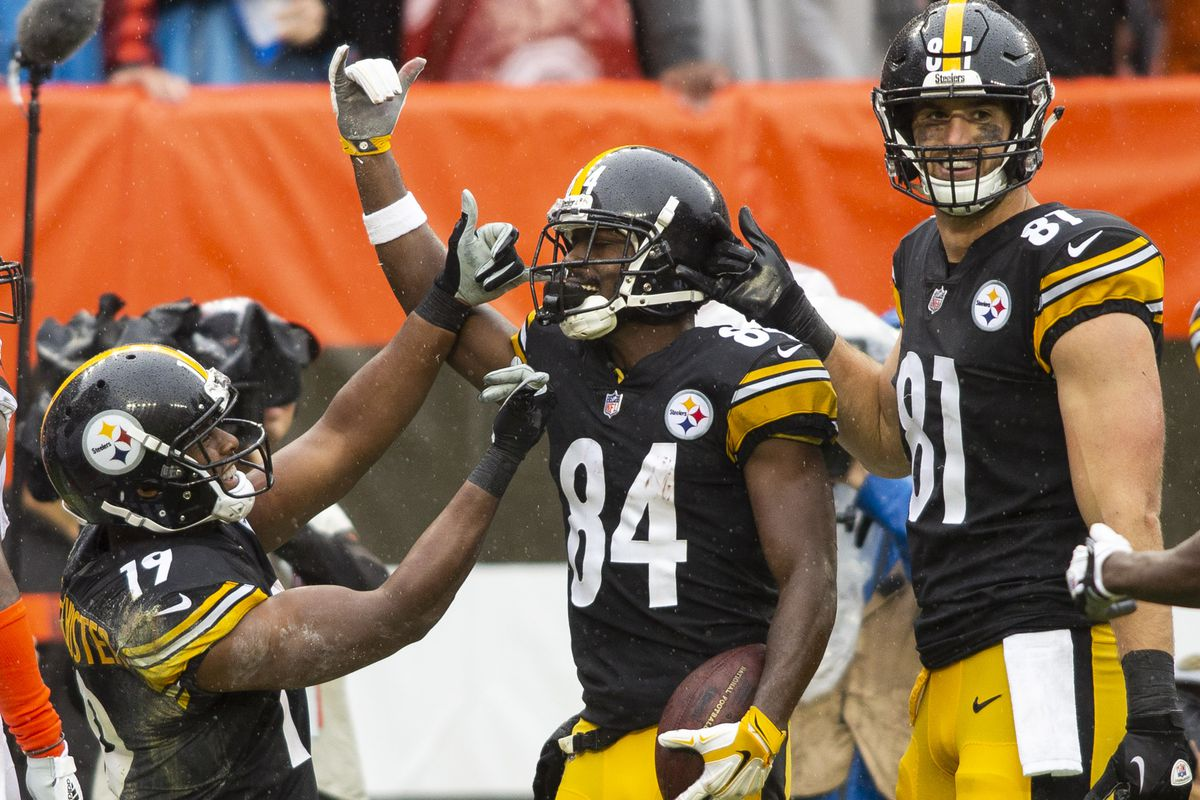 43a878d6729 Steelers WR Antonio Brown lashes out on social media after criticism ...