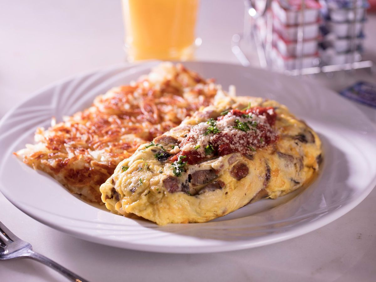 An omelet at the Peppermill