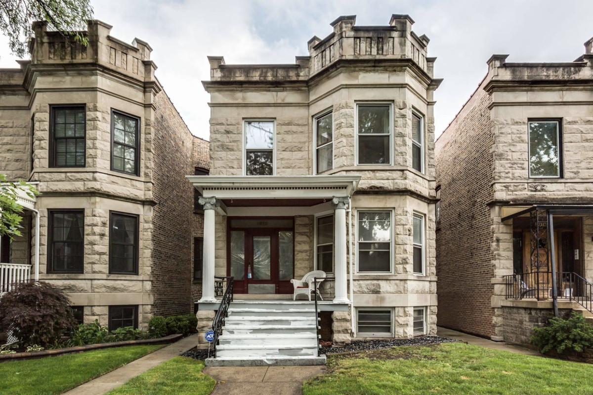Chicago apartments: What $2,000 rents right now - Curbed Chicago