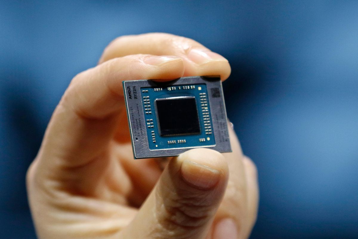 Amd S 7nm Ryzen 4000 Cpus Are Here To Take On Intel S 10nm Ice Lake Laptop Chips The Verge