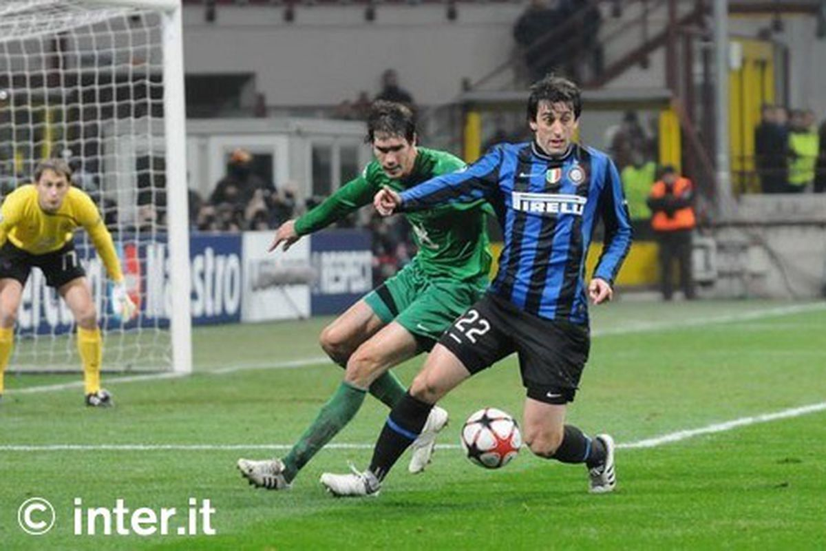 Milito v Rubin Kazan at the San Siro in the Champions League in 2009. We won that game 2-0.