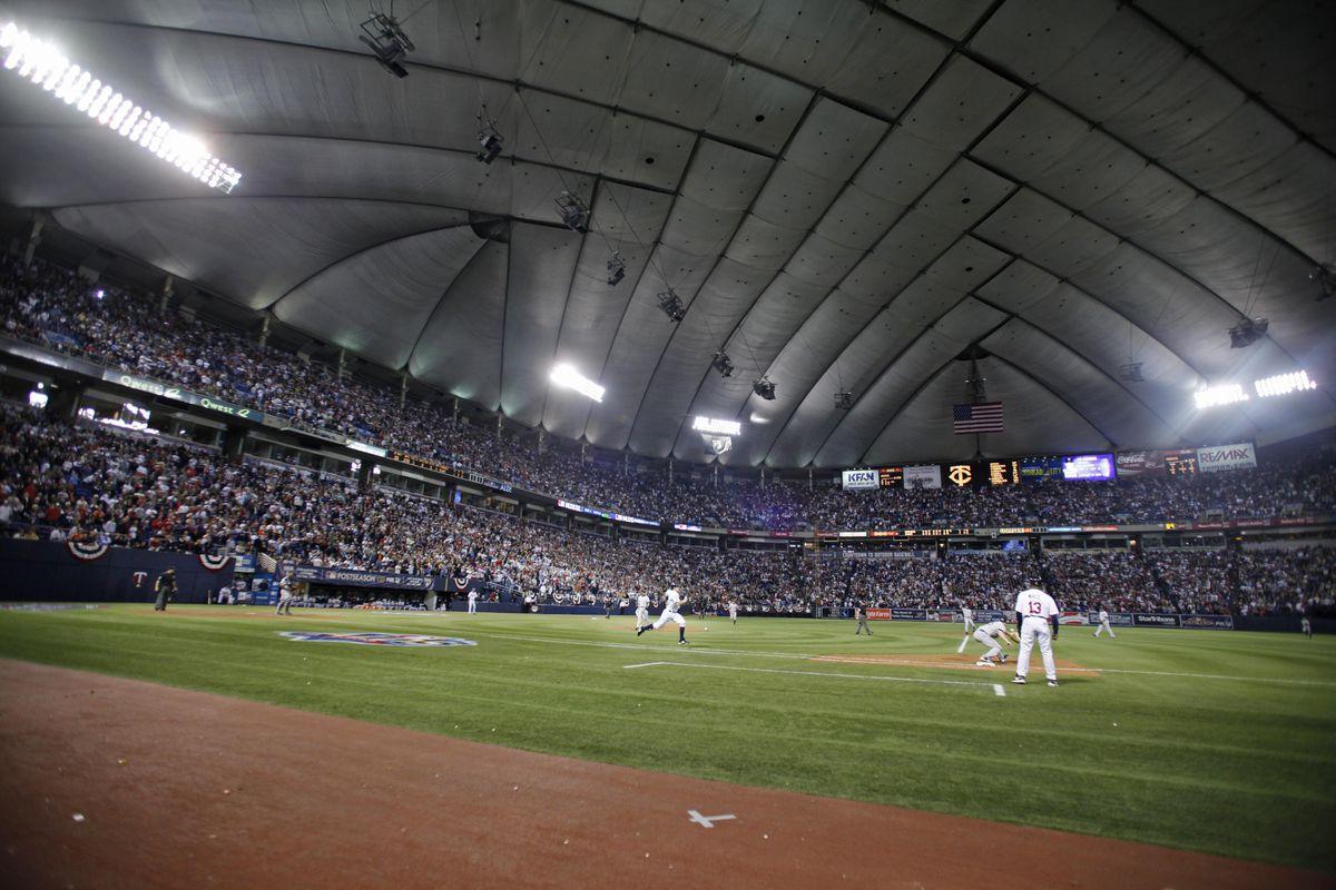 New York Yankees v Minnesota Twins, Game 3