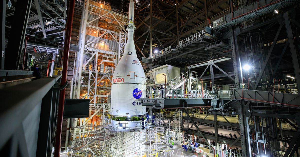 NASA now aims to launch massive next-generation rocket on debut flight in early 2022