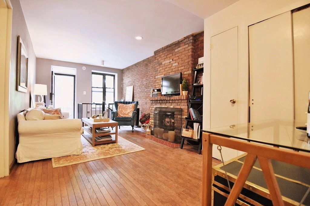 New York Rent Comparison What 4848 Gets In NYC Right Now Curbed NY Extraordinary 1 Bedroom Condo Nyc Set Decoration