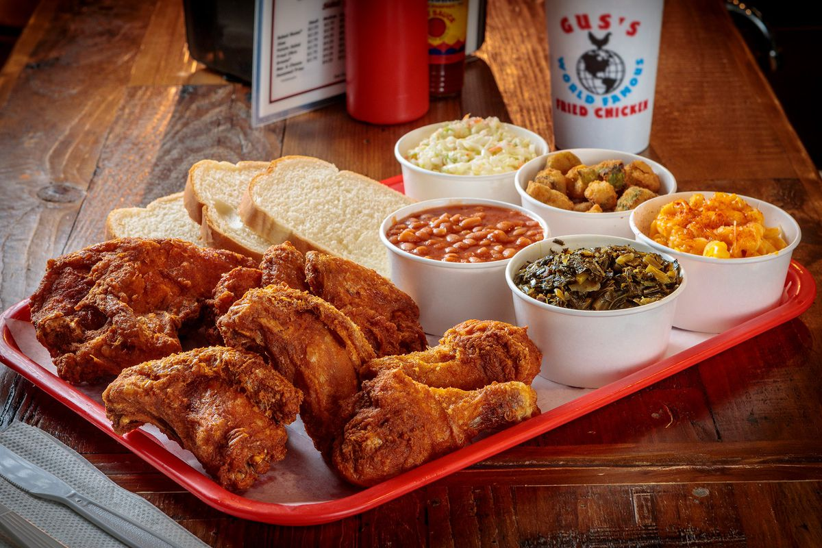 Gus's Fried Chicken is providing LAUSD students with free meals.