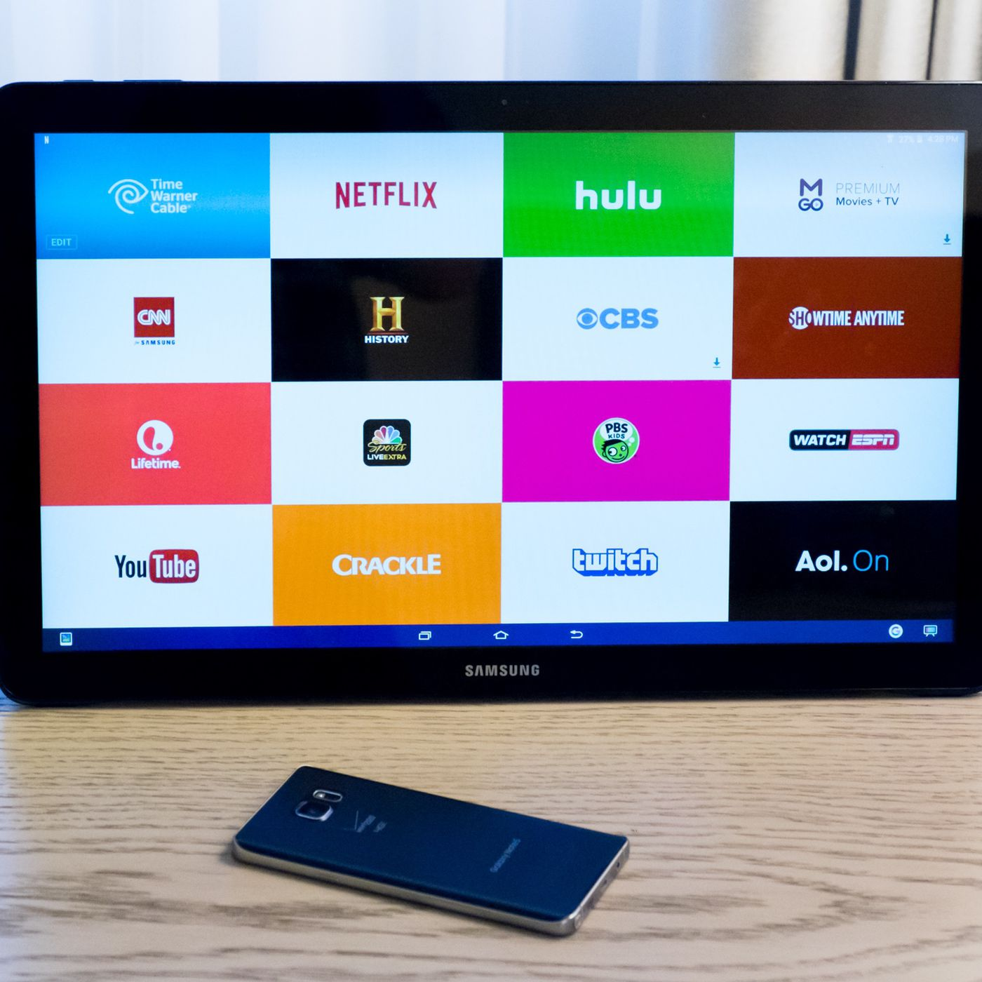 Samsung s Galaxy View is an enormous 18 inch tablet built for video binging The Verge