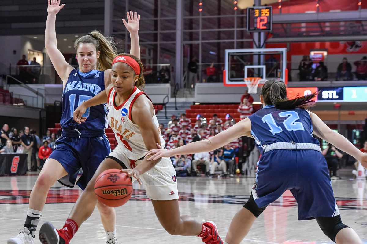 NCAAW AP Poll: Wolfpack climb to No. 9, Louisville drops to No. 7