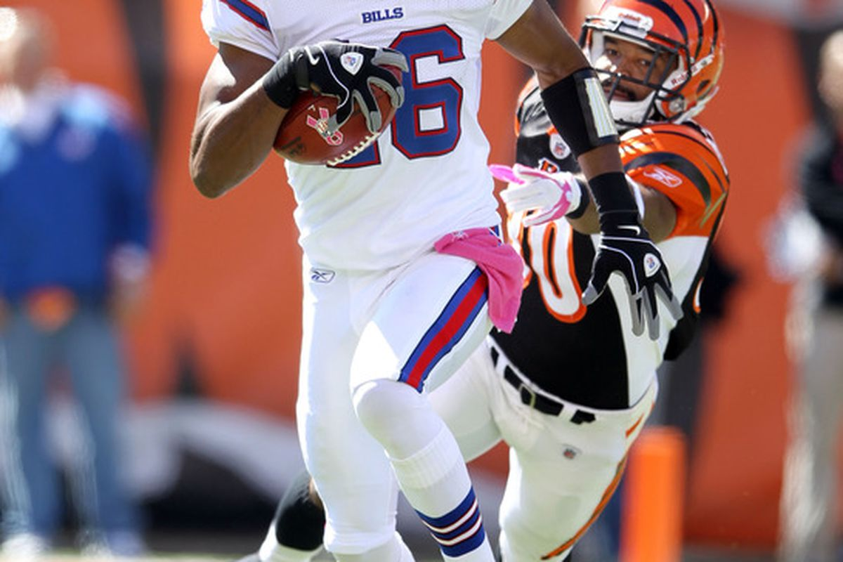 CINCINNATI, OH - OCTOBER 02:  Brad Smith #16 of the Buffalo Bills runs with the ball during the NFL game against the Cincinnati Bengals at Paul Brown Stadium on October 2, 2011 in Cincinnati, Ohio.  (Photo by Andy Lyons/Getty Images)