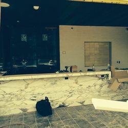 The outside bar at Mercadito.
