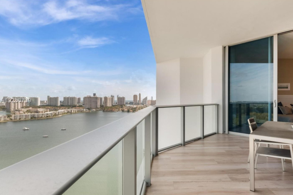 Furnished North Miami Penthouse For 1 45m Curbed Miami