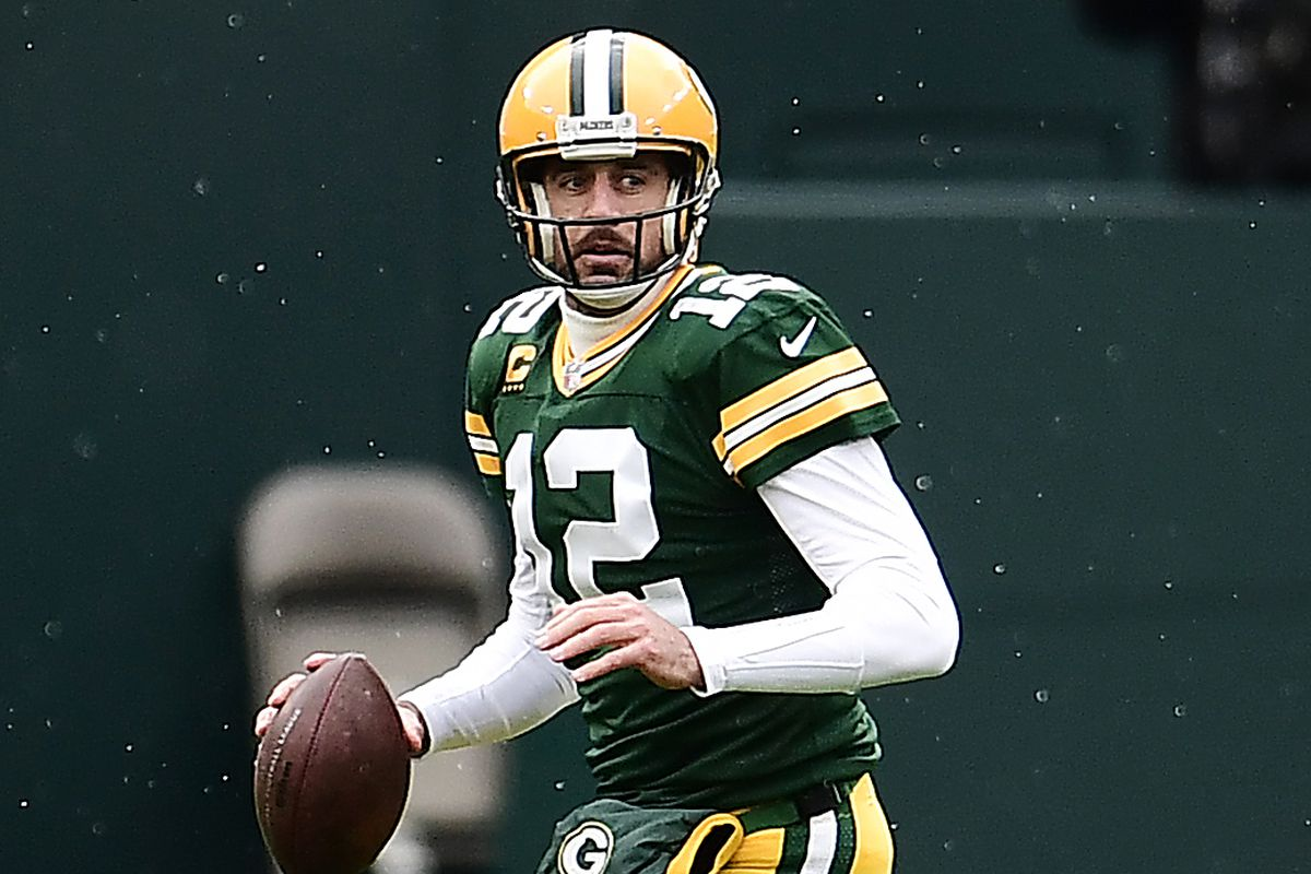 Aaron Rodgers #12 of the Green Bay Packers looks to pass the ball during the second quarter against the Minnesota Vikings at Lambeau Field on November 01, 2020 in Green Bay, Wisconsin.