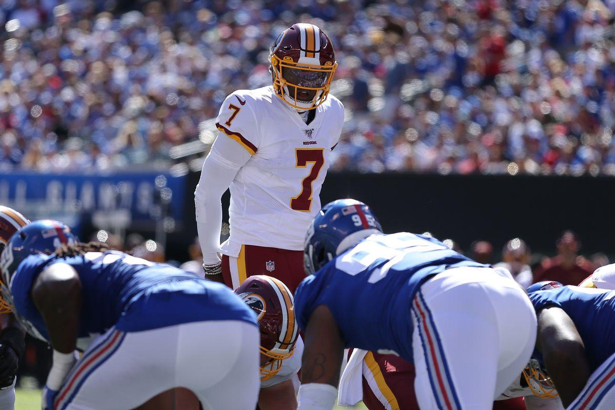Washington quarterback Dwayne Haskins (7) lines up against the New York Giants during the second quarter at MetLife Stadium.